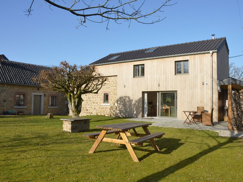 Charming house in the countryside, walks, bike rides and relax are on the menu!, holiday rental in Theux