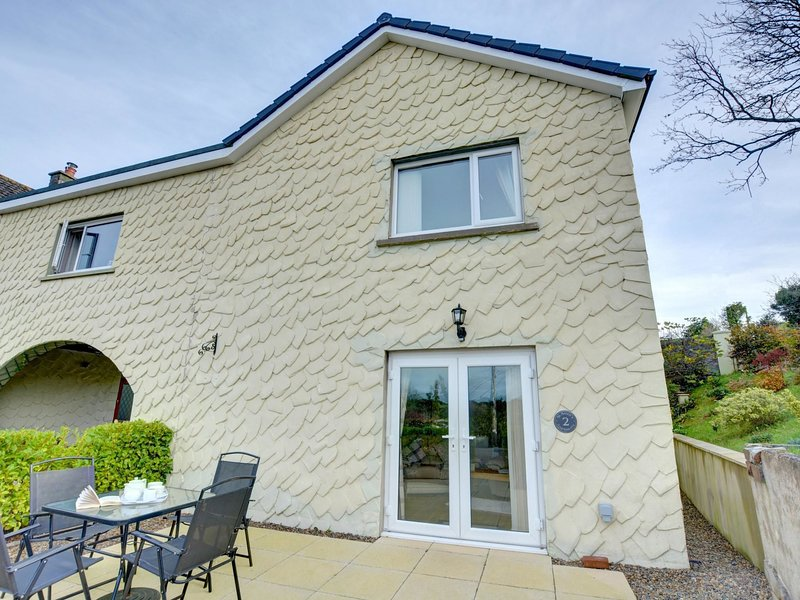 A ground floor apartment, well located to explore the Pembrokeshire coastal path, casa vacanza a Wiseman's Bridge