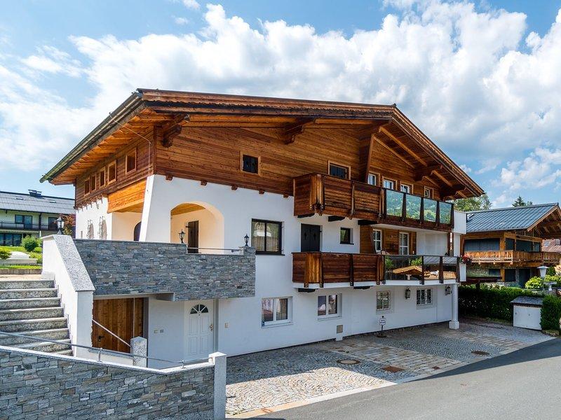 Decorative Apartment in Kitzbuhel near Ski Lift, vacation rental in Kitzbuhel