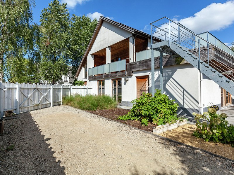 Beautiful 5 star villa, aluguéis de temporada em Koksijde