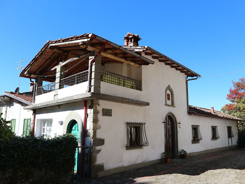 Cozy house with pool, ideal for holidays surrounded by nature, holiday rental in Limestre