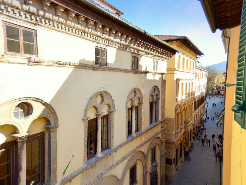 Gorgeous Holiday Home in Lucca Town Centre, casa vacanza a San Pietro in Campo