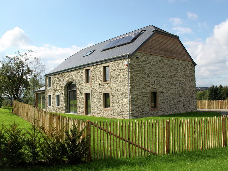 Renovated house that combines simplicity, comfort and quality in a natural, holiday rental in Luxembourg