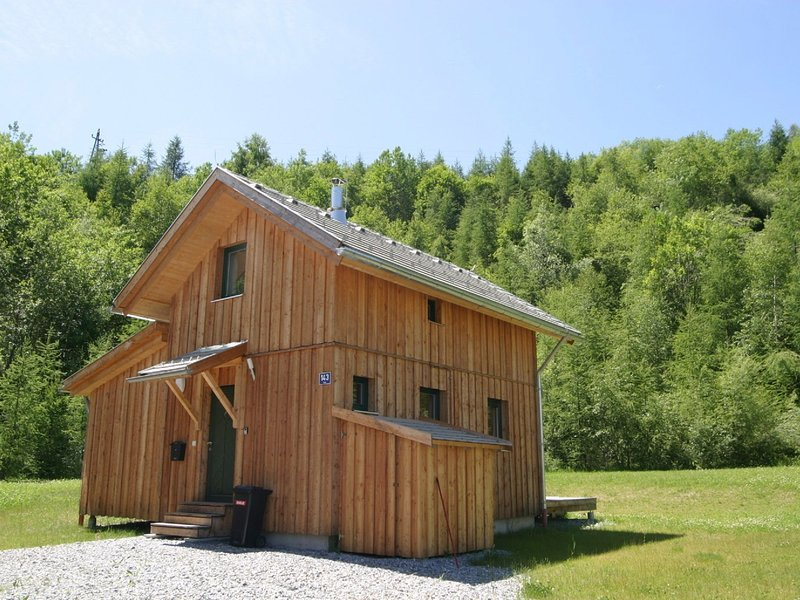 Quaint Chalet in Stadl an der Mur, with private terrace, holiday rental in Stadl-Predlitz