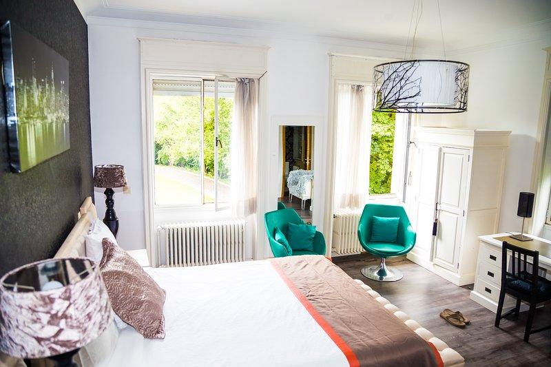 MANOIR 4, vacation rental in Anderlecht
