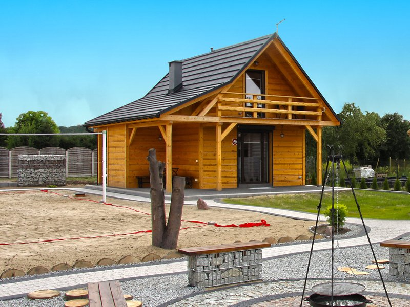 A wooden, eco-friendly house by the Goszcza lake. Living room, 2 bedrooms., location de vacances à Lubusz Province