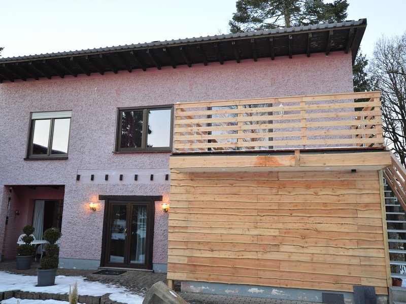 Cozy Apartment in County of Manderscheid with TV, location de vacances à Manderscheid