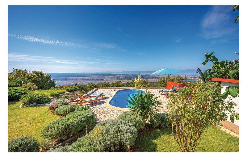 Moderne villa met een prachtig uitzicht (CKC470), aluguéis de temporada em Smrika