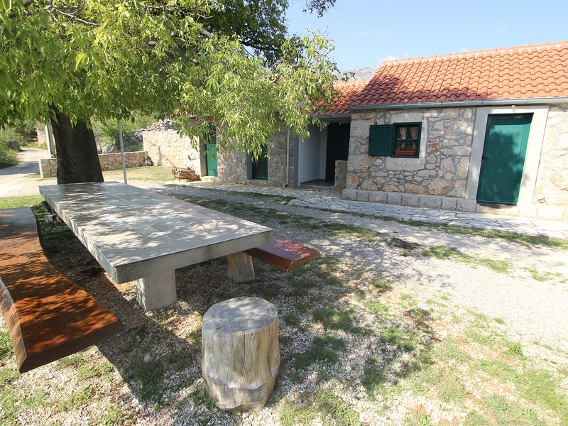 Charming Holiday Home in Seline with Garden, holiday rental in Seline