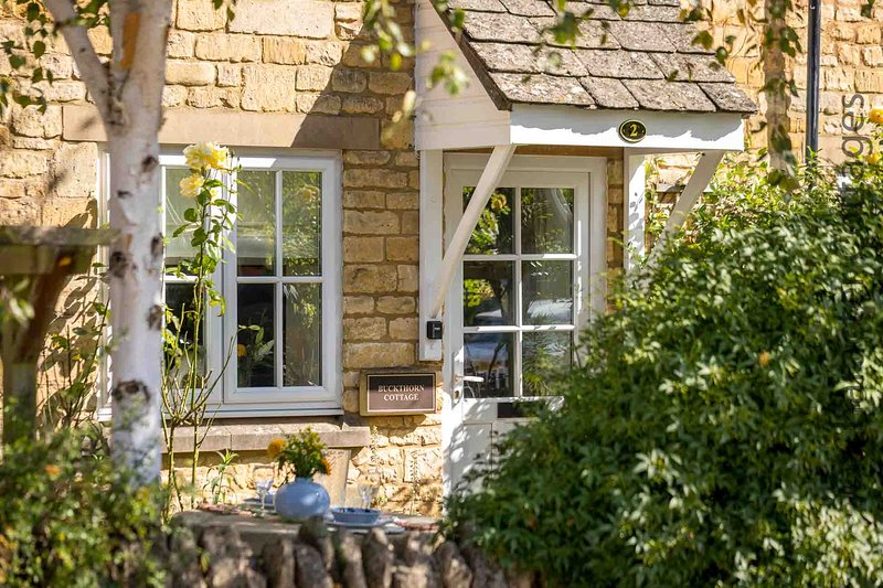 Buckthorn Cottage is a charming cottage in former stables in Chipping Campden, holiday rental in Chipping Campden