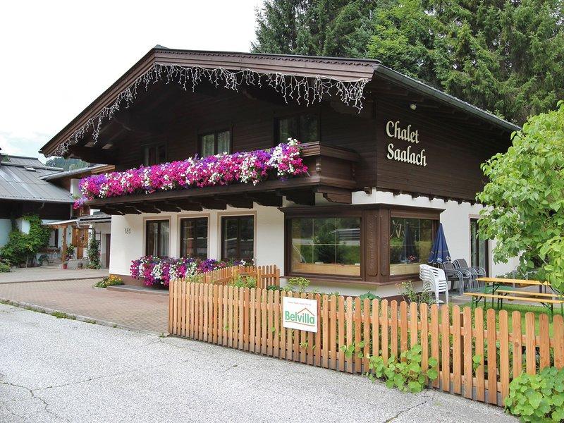 Lovely Chalet with Sauna in Saalbach-Hinterglemm, vacation rental in Viehhofen