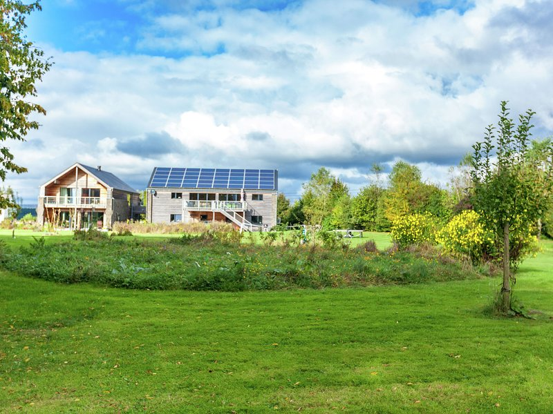 Luxurious Holiday Home in Houffalize Belgium with Sauna, casa vacanza a Recogne (Bastogne)
