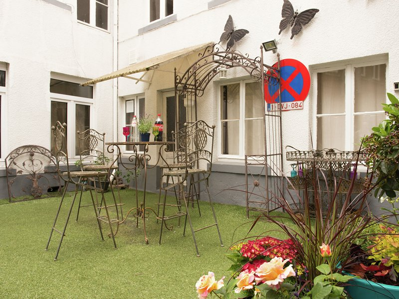 Beautiful Apartment in Spa Belgium with Jacuzzi, holiday rental in Spa