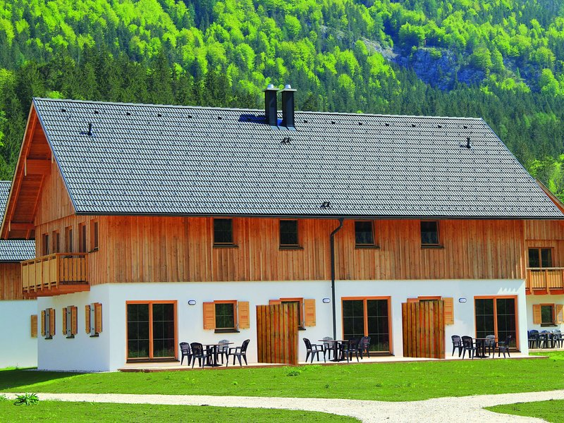 Luxurious chalet in Obertraun, with swimming pool, holiday rental in Altaussee
