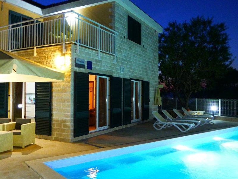 Beautiful comfortable Villa on island Brac, holiday rental in Dol