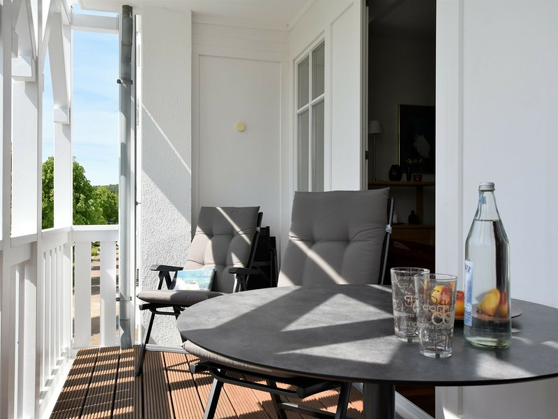 Charming Apartment in Mecklenberg with Balcony, alquiler vacacional en Sellin