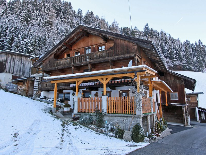 Welcoming Apartment in Kaltenbach near Ski Area – semesterbostad i Ahrnbach