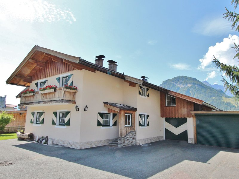 Attractive Apartment in Kirchdorf with Swimming Pool – semesterbostad i St. Ulrich am Pillersee