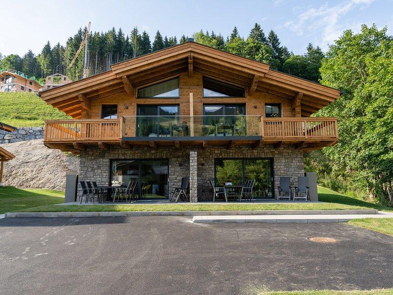Cosy Holiday Home near Ski Area in Mühlbach am Hochkönig, vacation rental in Muhlbach am Hochkonig