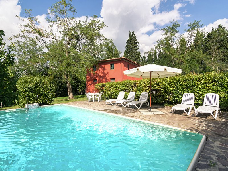 Modern Apartment in Ghizzano with Pool, alquiler vacacional en Ghizzano