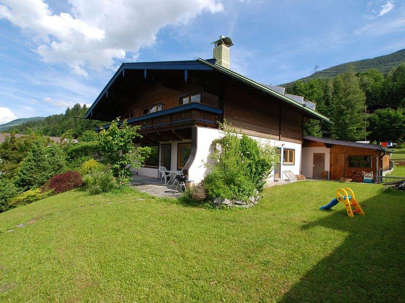Comfortable Apartment in Neukirchen am Großvenediger near Ski Area, vacation rental in Neukirchen am Grossvenediger