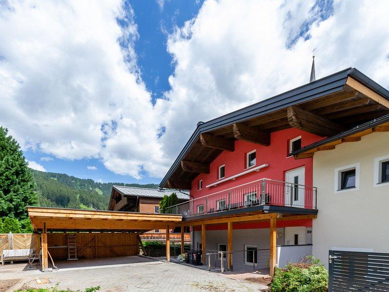 Peaceful Holiday Home in Krimml Salzburg near Ski Area, location de vacances à Krimml