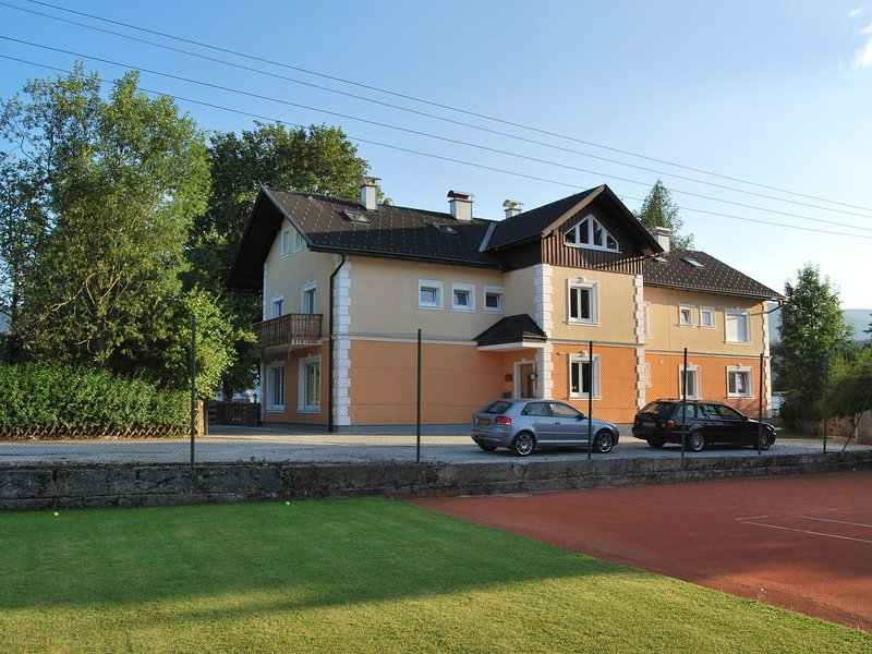 Modern Apartment with Sauna in Bad Mitterndorf Styria, location de vacances à Bad Mitterndorf