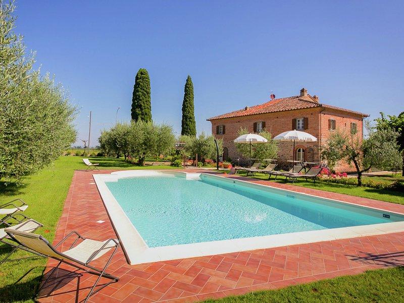 Villa at 300-m altitude, with private swimming pool and views of Cortona, location de vacances à Cignano
