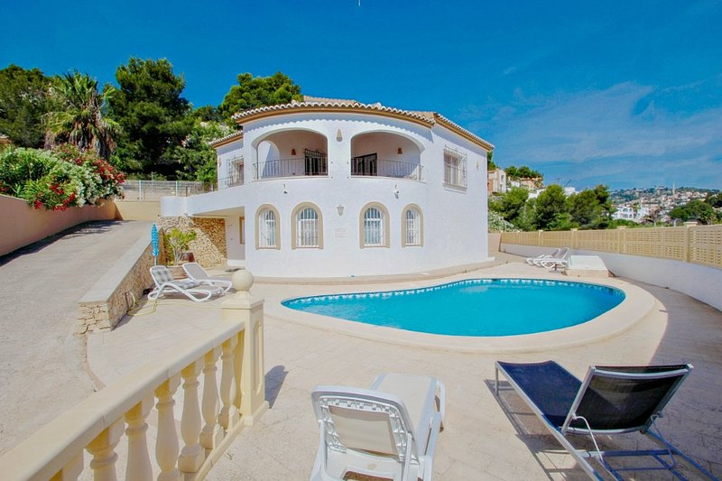 Villablanc - holiday home with private swimming pool in Benissa, location de vacances à Benissa
