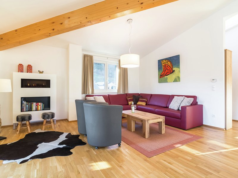 Spacious Villa in Zell am See near Ski Area, holiday rental in Bruckberg