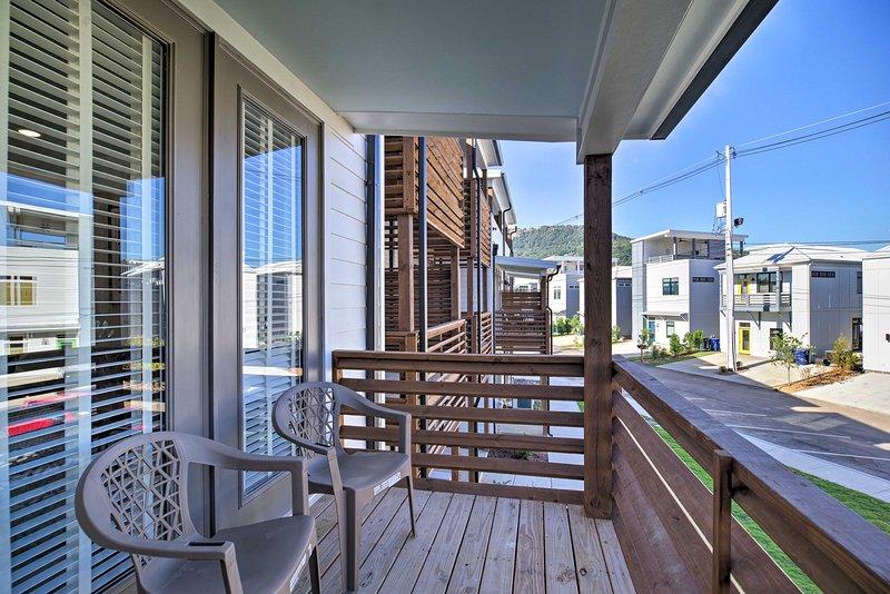 Verbringen Sie nach einem langen Tag eine Auszeit auf dem Balkon.