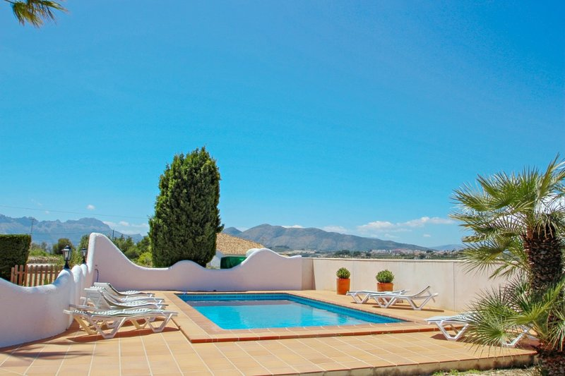 Finca Sendra - rustic finca for nature lovers in Benissa, holiday rental in Canor