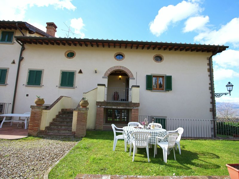Authentic farmhouse with pool, jacuzzi, playground, garden, holiday rental in Badia Prataglia