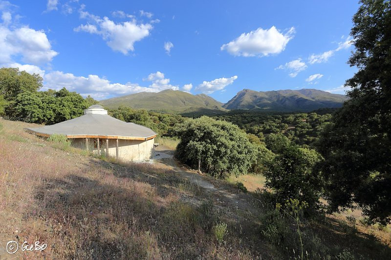 Casa Luna (Eco-Lodge) y B&B Glamping, vacation rental in Alhama de Granada