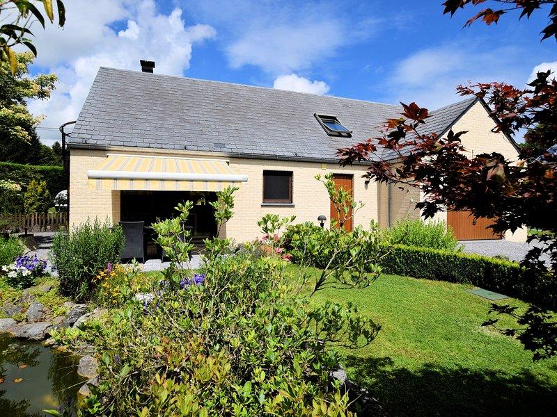 Modern Holiday Home in Durbuy with Garden, alquiler de vacaciones en Grandhan