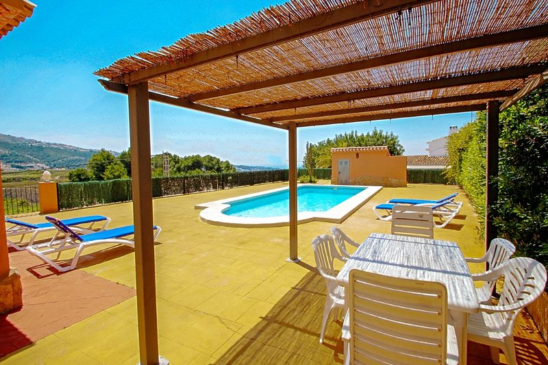 Marques - holiday home with private swimming pool in Benitachell, location de vacances à Benitachell