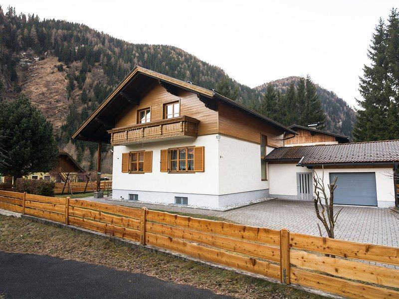 Beautiful detached, complete and neatly decorated property., holiday rental in Katschberghohe