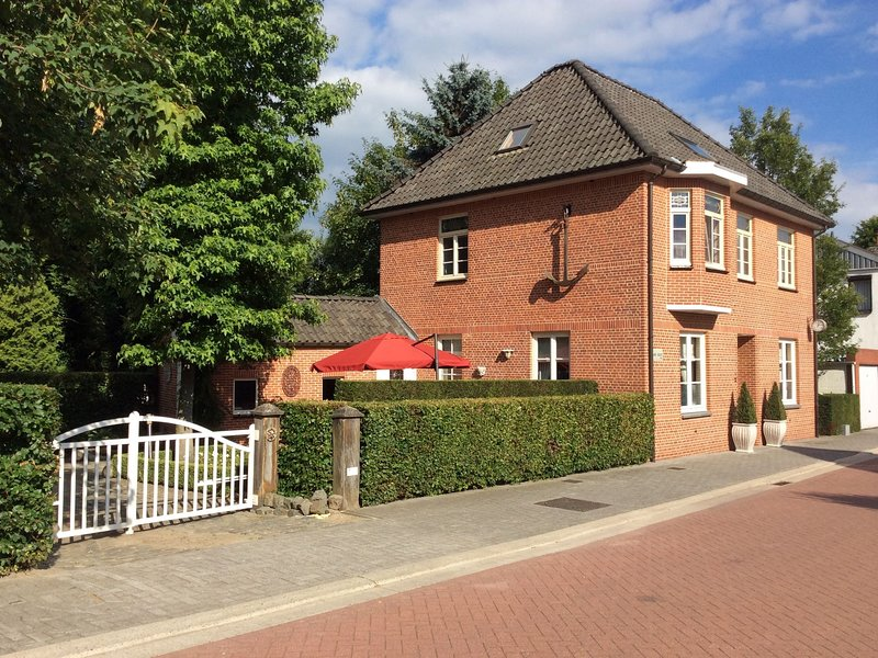 Spacious Villa in Neerpelt near Welvaart Marina, location de vacances à Lommel