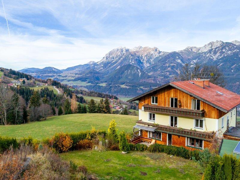 Pretty Mansion in Haus im Ennstal with Garden, Terrace, Pond, vacation rental in Aich