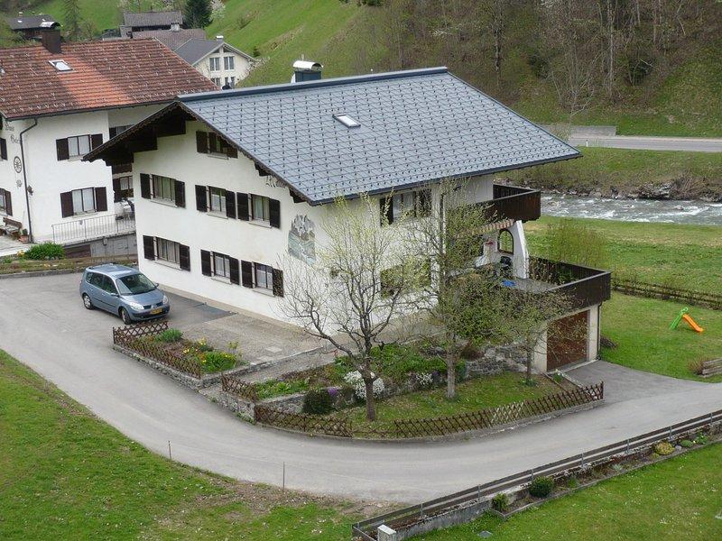 Modern Apartment in Silbertal with Sauna, holiday rental in Vorarlberg