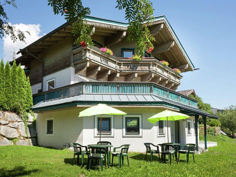 Plush Apartment in Neukirchen am Großvenediger near Ski Area, vacation rental in Neukirchen am Grossvenediger
