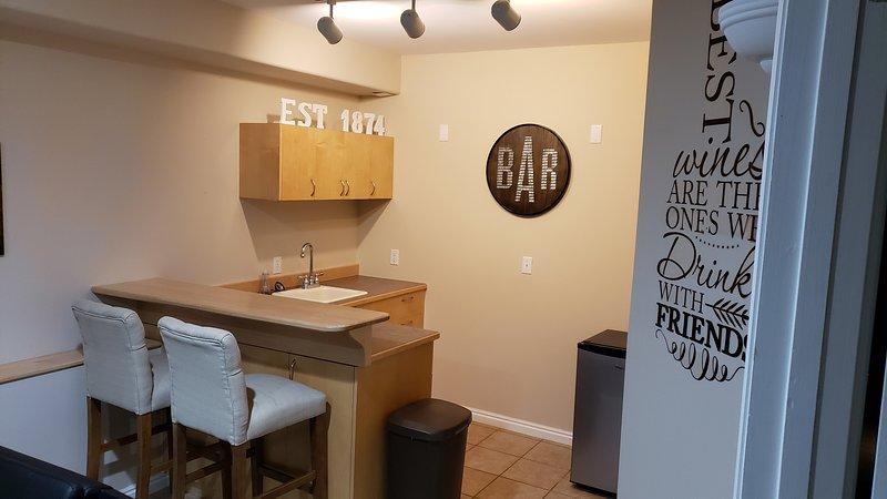 Furniture,Chair,Flooring,Living Room,Indoors