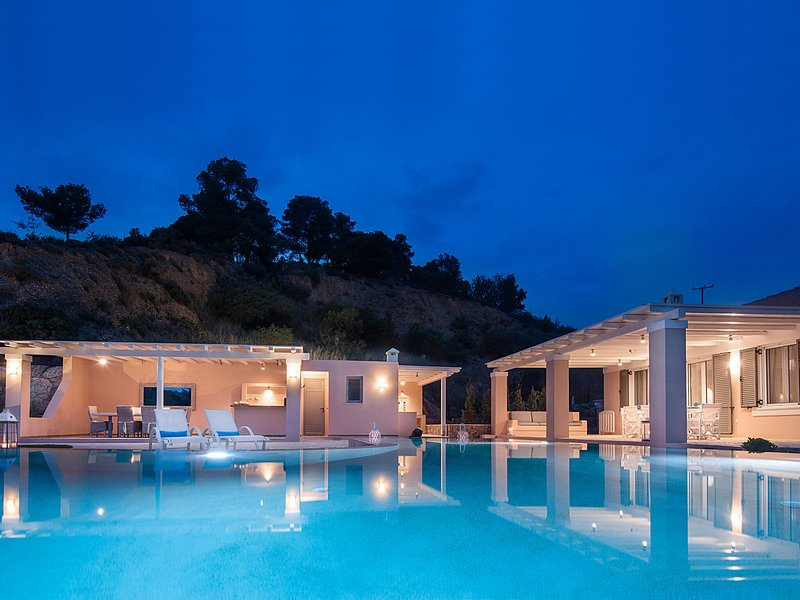 Spacious Villa in Peloponnese with Pool, holiday rental in Ververouda