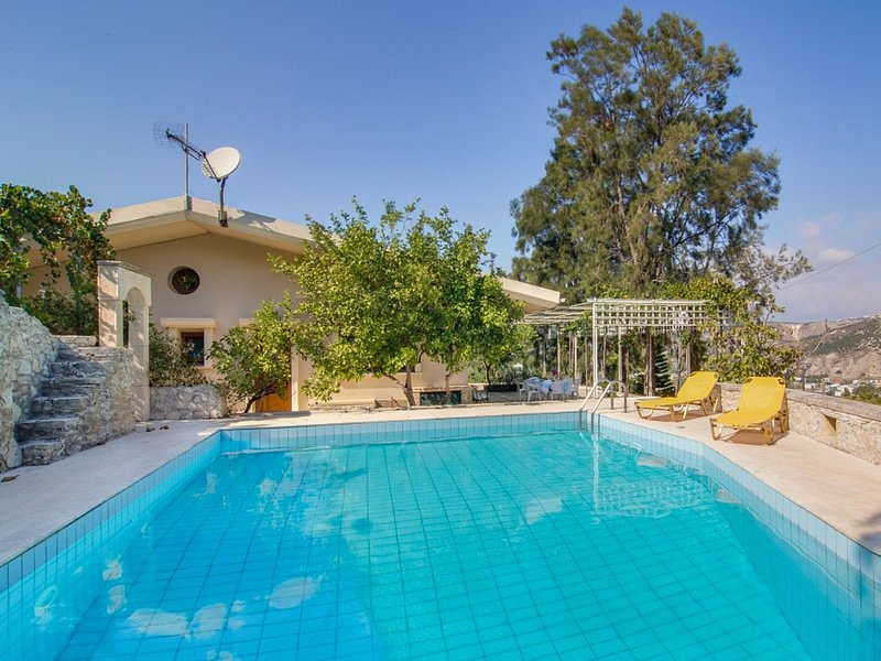 Luxury Villa in Malades Crete with Swimming Pool, vacation rental in Vasilies