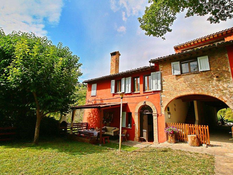 Cozy Villa in Fabriano Italy with Swimming Pool – semesterbostad i Matelica