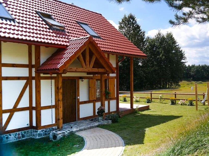 Cozy Cottage In Barnowiec With Sauna, location de vacances à Pomerania Province