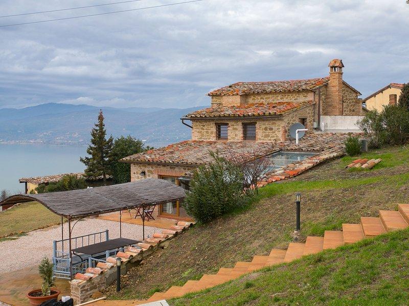 Provincial Villa in Magione Italy with Private Pool, vacation rental in Torricella di Magione