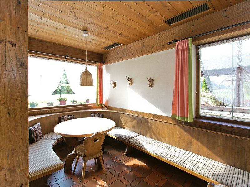 Cozy Holiday Home in Angerberg with Sauna, location de vacances à Angerberg