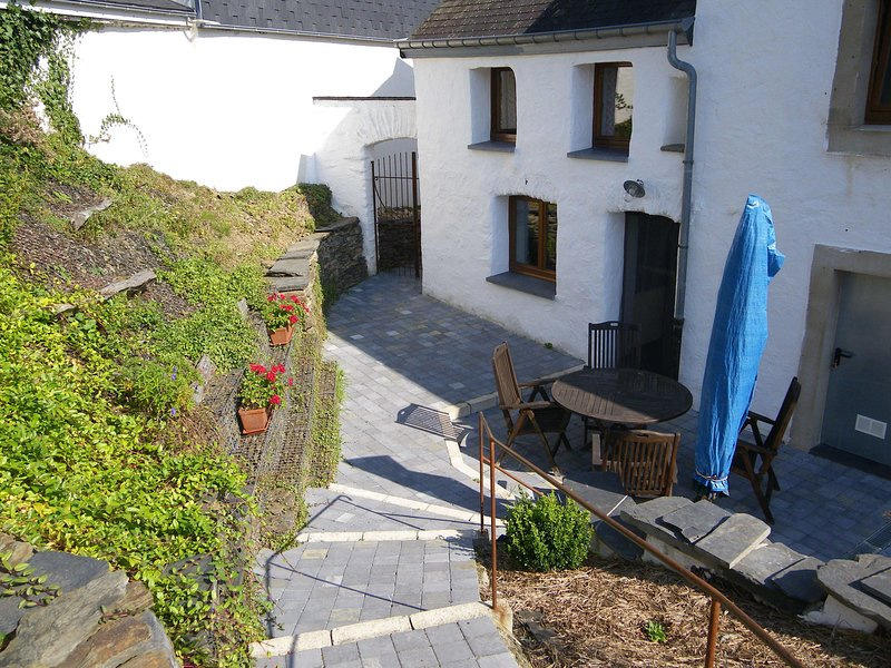 Homely Cottage in Fauvillers with Private Garden, vacation rental in Martelange