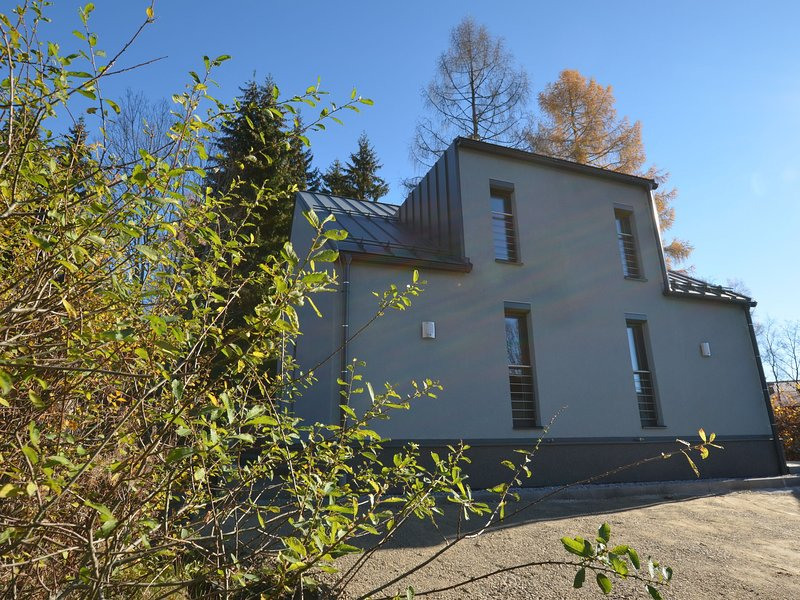 Modern Holiday Home near Forest in Bohemian, holiday rental in Pilsen Region